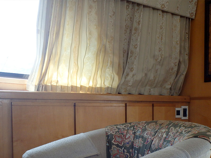 クルーザーカーテン