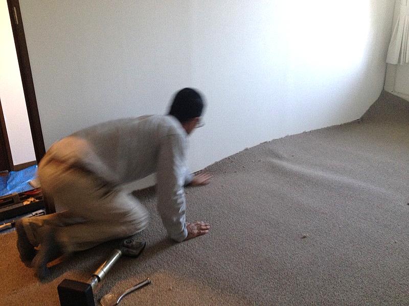 絨毯敷きこみ