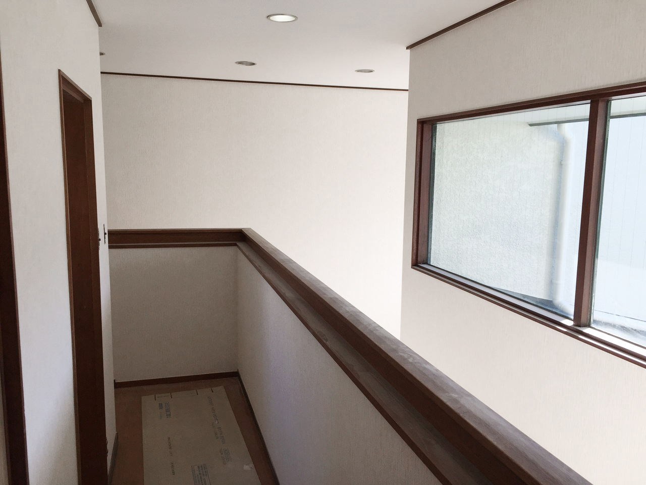 廊下リフォーム後1